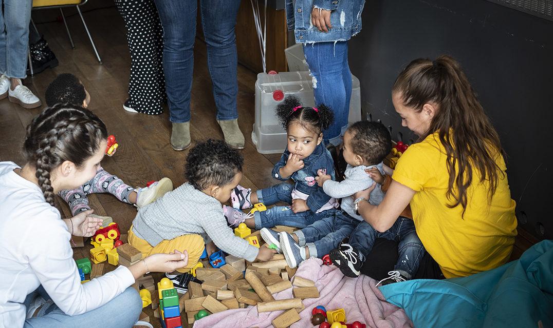 https://het-babyhuis.nl/wp-content/uploads/2019/04/Babyhuis_30maart-16-1076x640.jpg